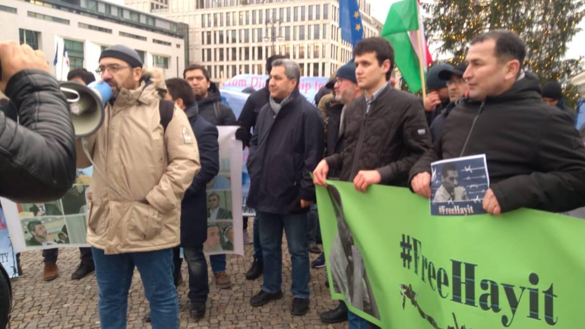Заявление митинга таджикских политэмигрантов у здания Бундестага (Парламента Федеративной республики Германии)